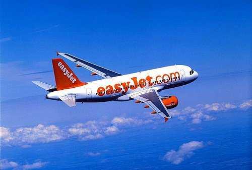 Easyjet: riorganizza attivita' in Italia, riduce flotta da 36 a 27 aerei